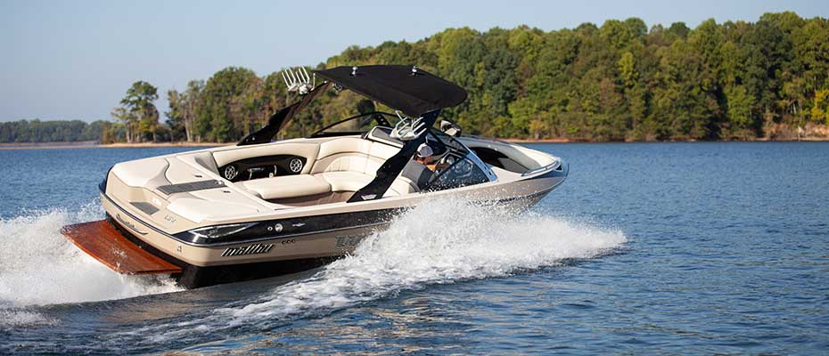 Durable, water-repellent marine fabric and boat canvas